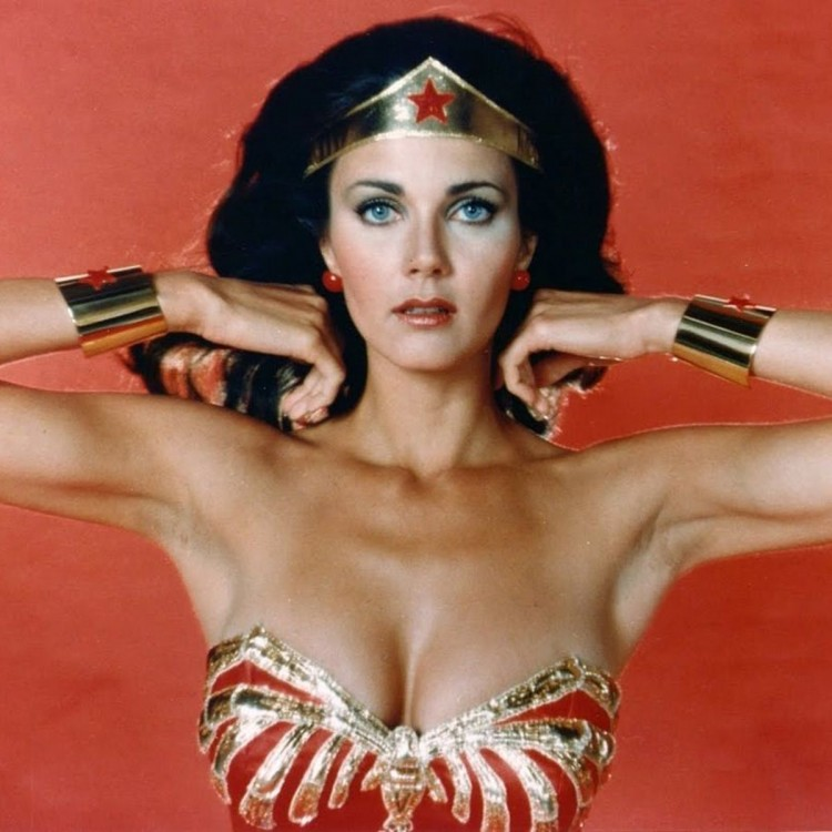 will-wonder-woman-icon-lynda-carter-cameo-in-the-2017-movie-lynda-carter-wonder-woman-806316.thumb.jpg.1c805d5f0cf2e1a0f1aa4b693dbe2772.jpg